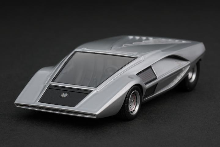 http://hpimodelcar.ru/uploads/models/lancia/8460_lancia_stratos_zero_1970_silver.jpg